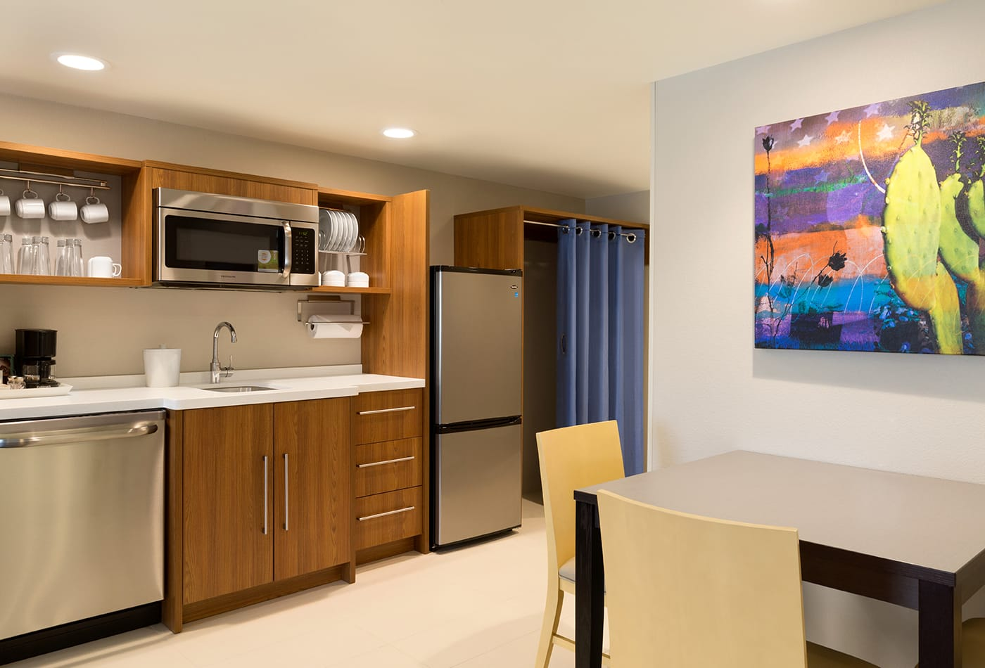 Home2 Suites by Hilton Glendale-Westgate